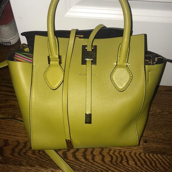 Michael Kors Handbags - MK tote 👜